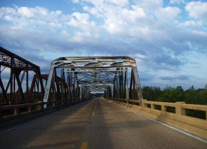 Tallahatchie_bridge-Hwy_7_Mississippi